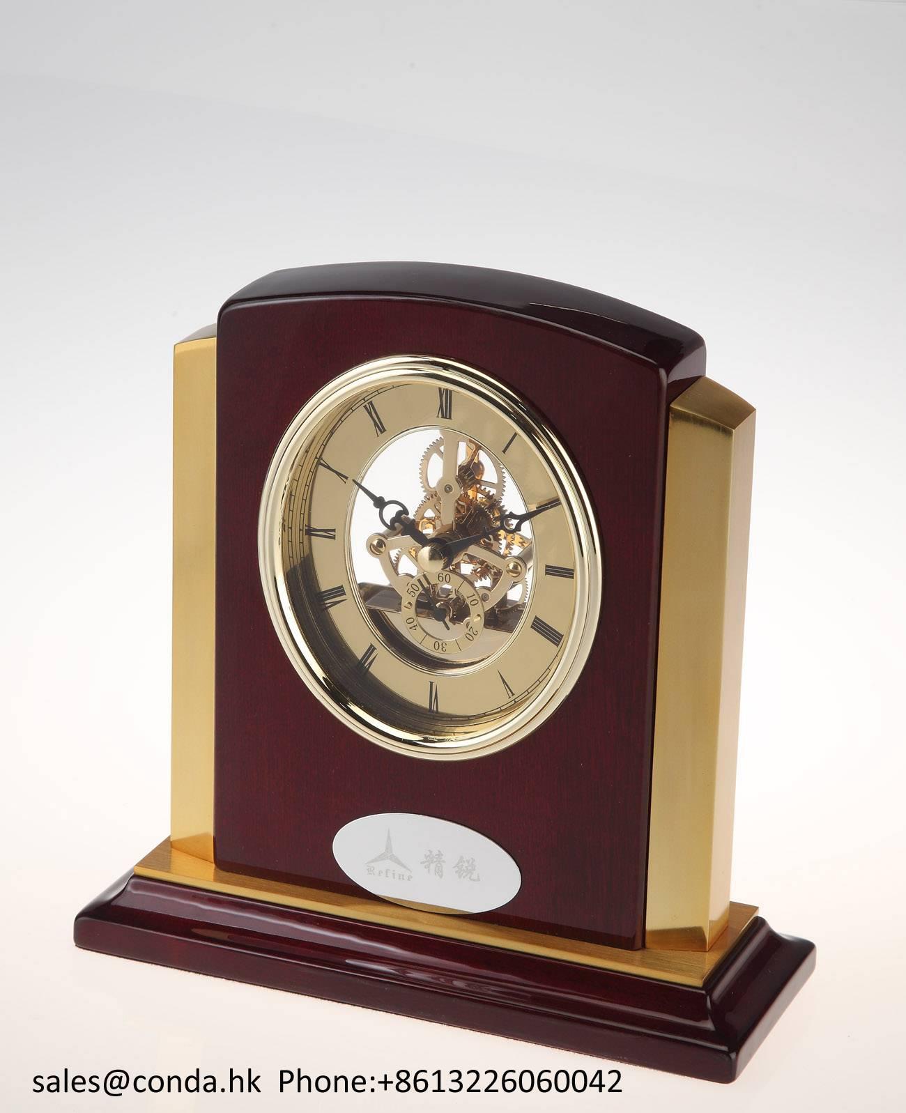 Conda Quartz wooden desk clock K8027G