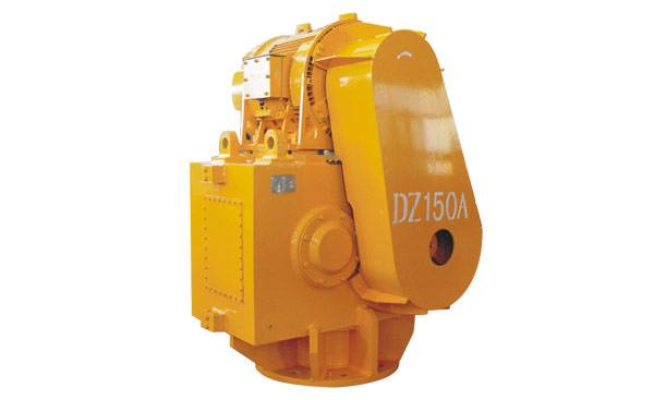 DZ150A Vibratory Hammer with pipe pile clamp
