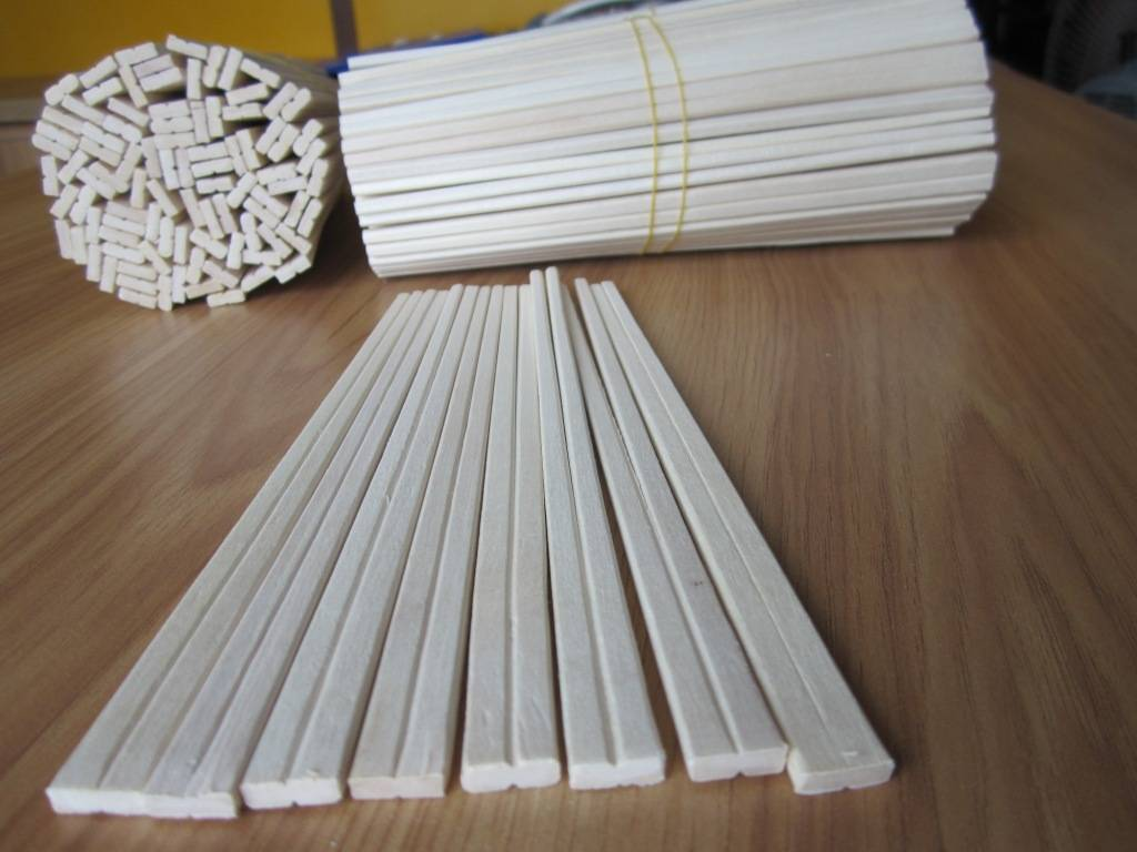 disposable wooden chopsticks made in Vietnam
