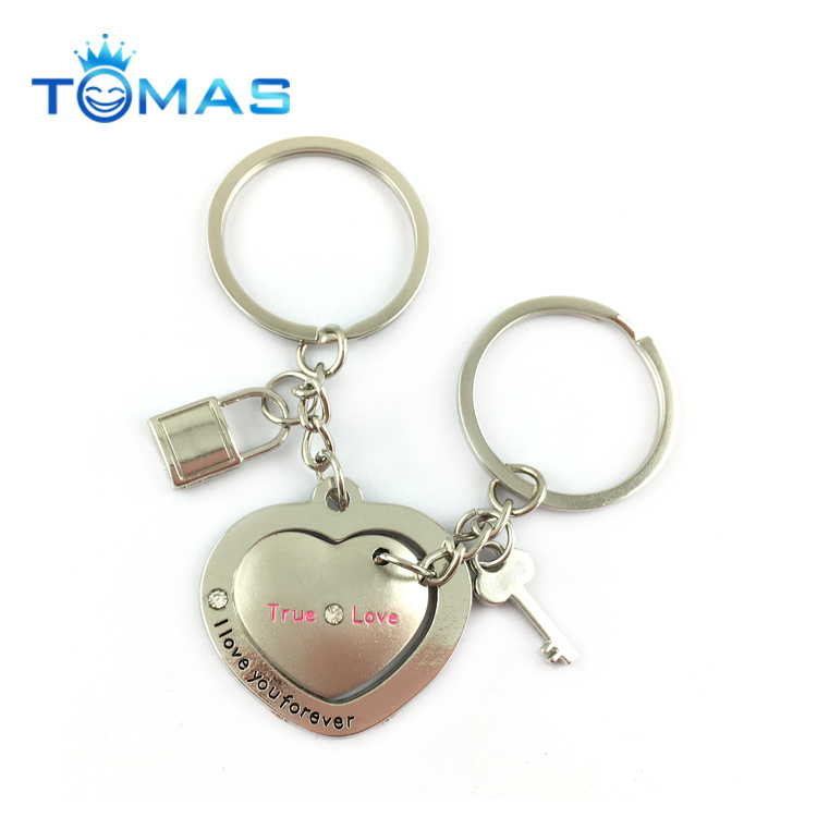 Hot selling heart shaped couple keychain valentine gifts