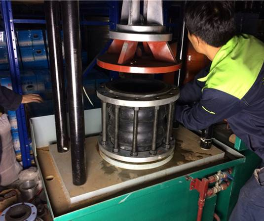 Flexible Rubber Expansion Joints pressure test