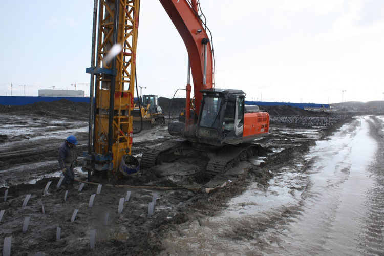 Super soft PVD installation to improve bearing capacity of soil