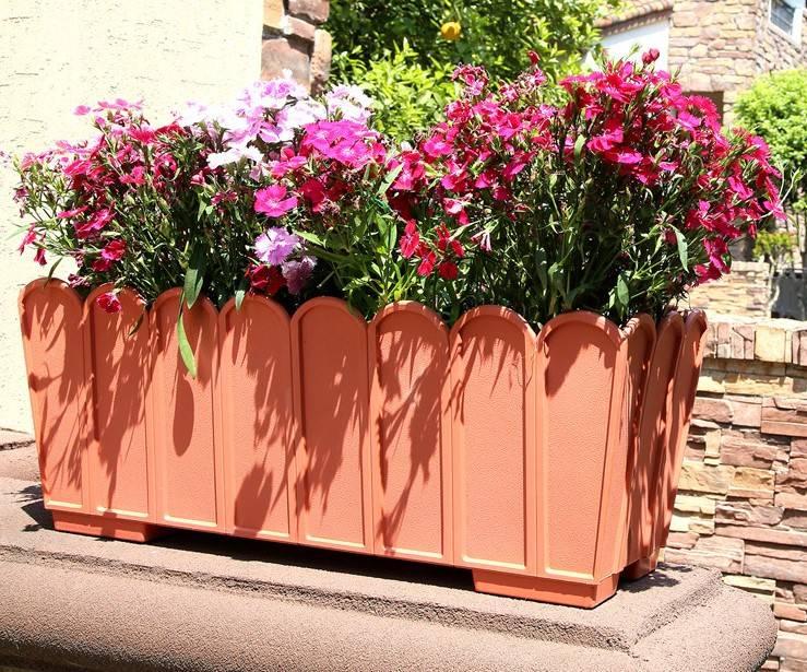 Fence style rectangular planter