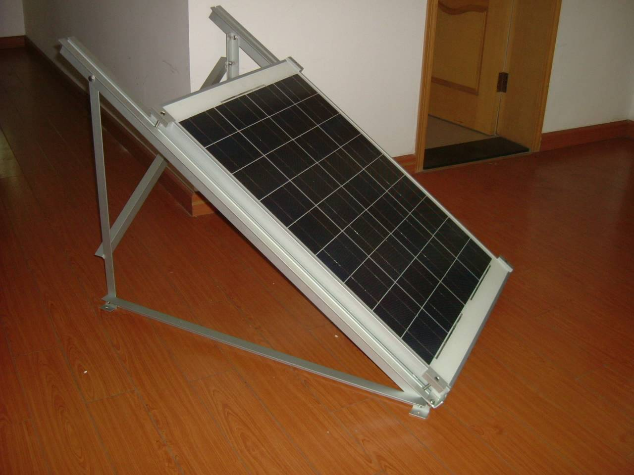 Cheap Price 15W Mono crystalline Solar Panel with 12V,Positive tolerance and CE Certificated