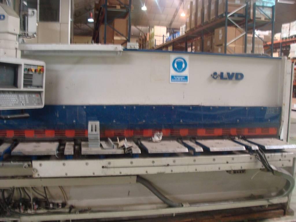 LVD Hydraulic Guillotine Shear, CNC