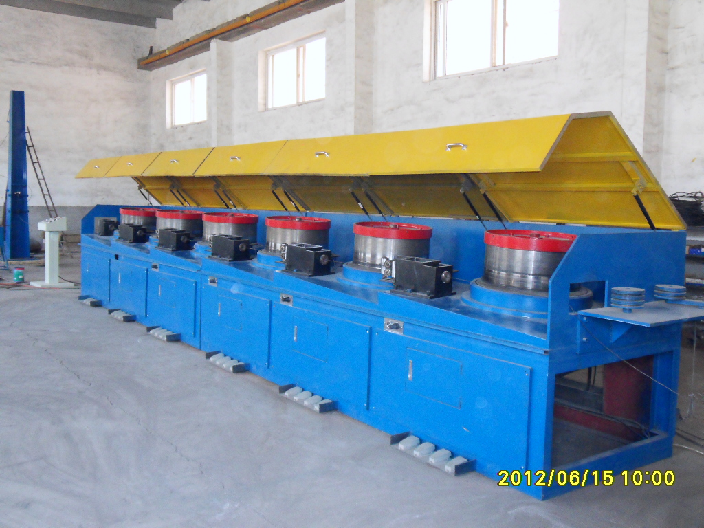 Straight line wire drawing mchine