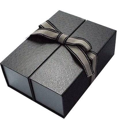 Cardboard Garment Accessories Gift Box