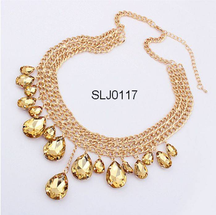 Fashion necklace with stones and chains