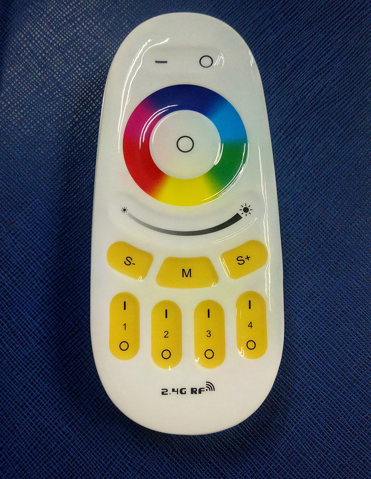 2.4GHz RF remote control for RGB LED lamps lightings new mould Lovely Oval colorful Stepless control