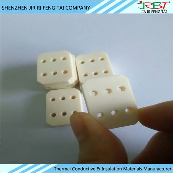 Excellent Thermal Insulation 99 Alumina Ceremic Sheet for IC MOS Pipe