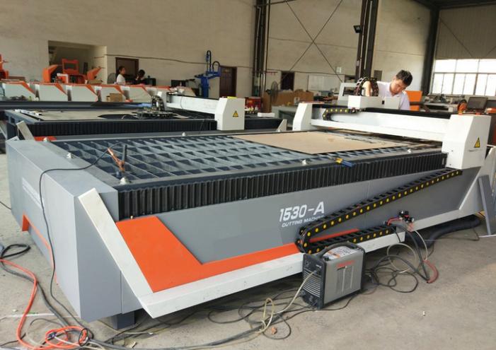 High speed CNC table plasma cutting machine 1530 stepper or servo