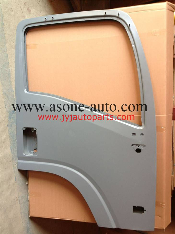 Truck Isuzu FTR Auto Body Parts Front Door