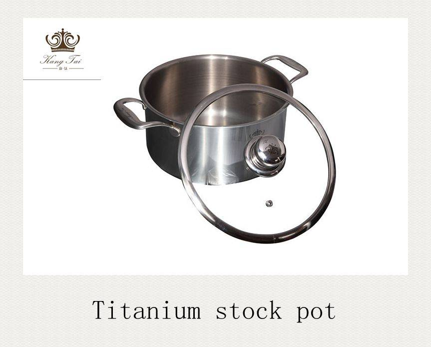 Whole pot and pans made of titanium