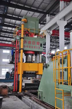 3000 ton forging hydraulic press under construction
