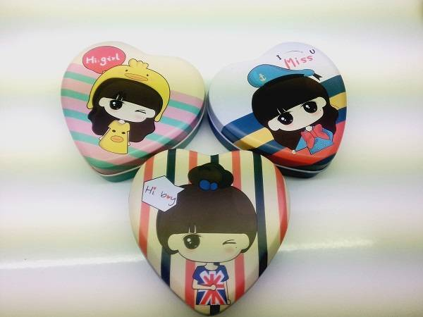 heart shaped girl personal items tin box