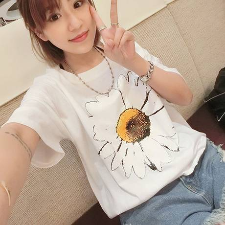 Sunflower girlfriends put the new large size ladies summer 2015 joker short-sleeved t-shirts student