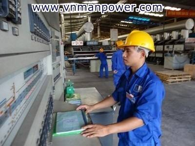 Machine operator from Vietnam