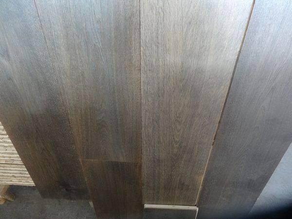 Oak 3 layer engineered flooring