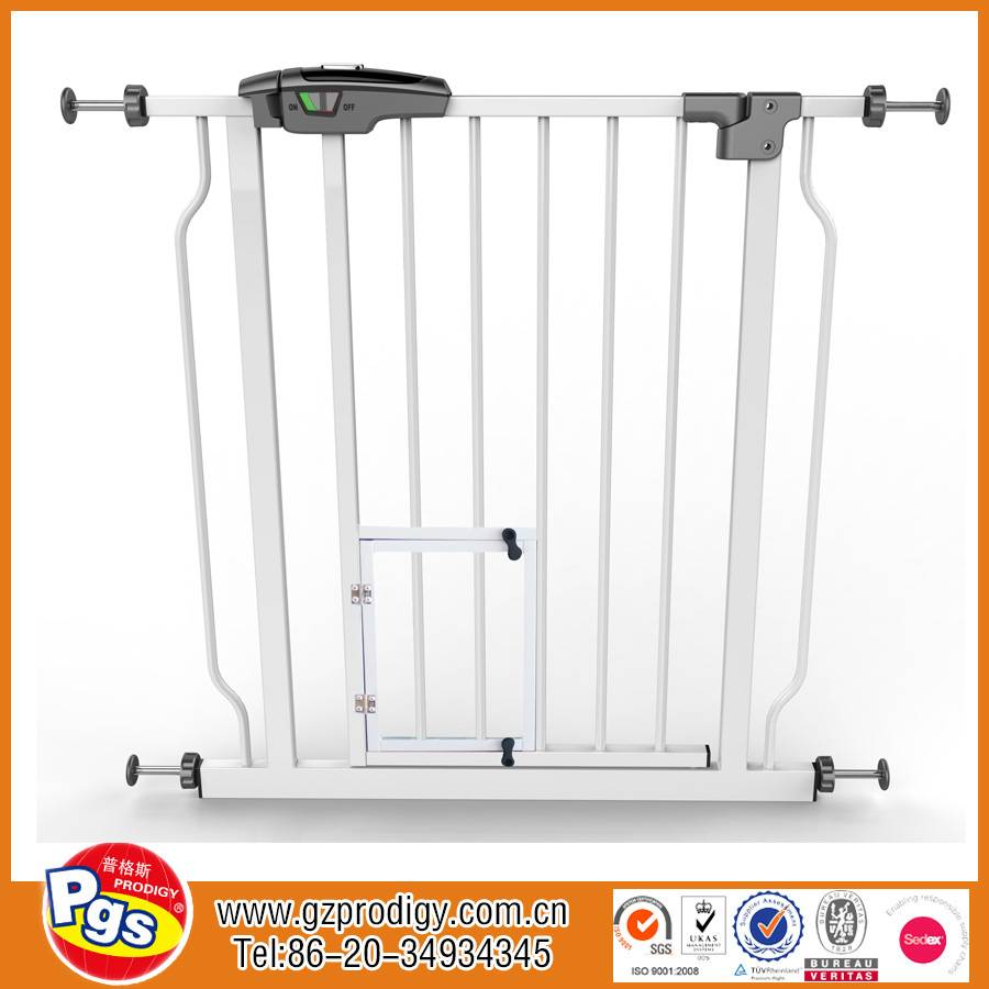 Child Safety Baby Pet Gates for stairs/Retractable Baby Gate