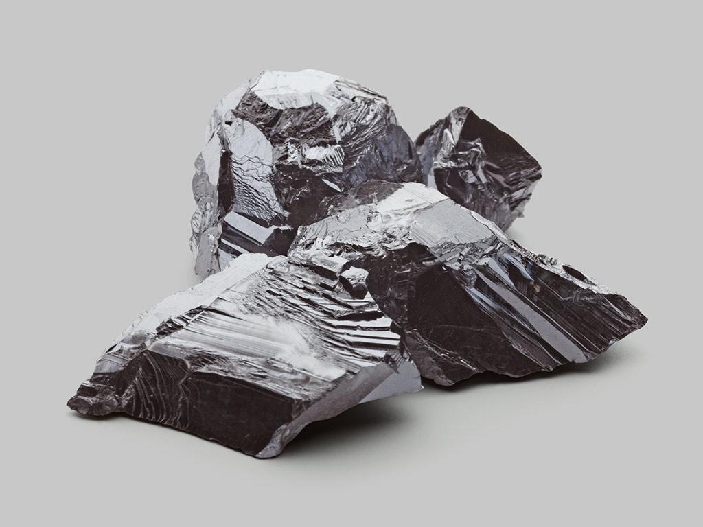 Bismuth telluride Bi2Te3 powder lumps
