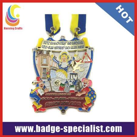 carnival medallion
