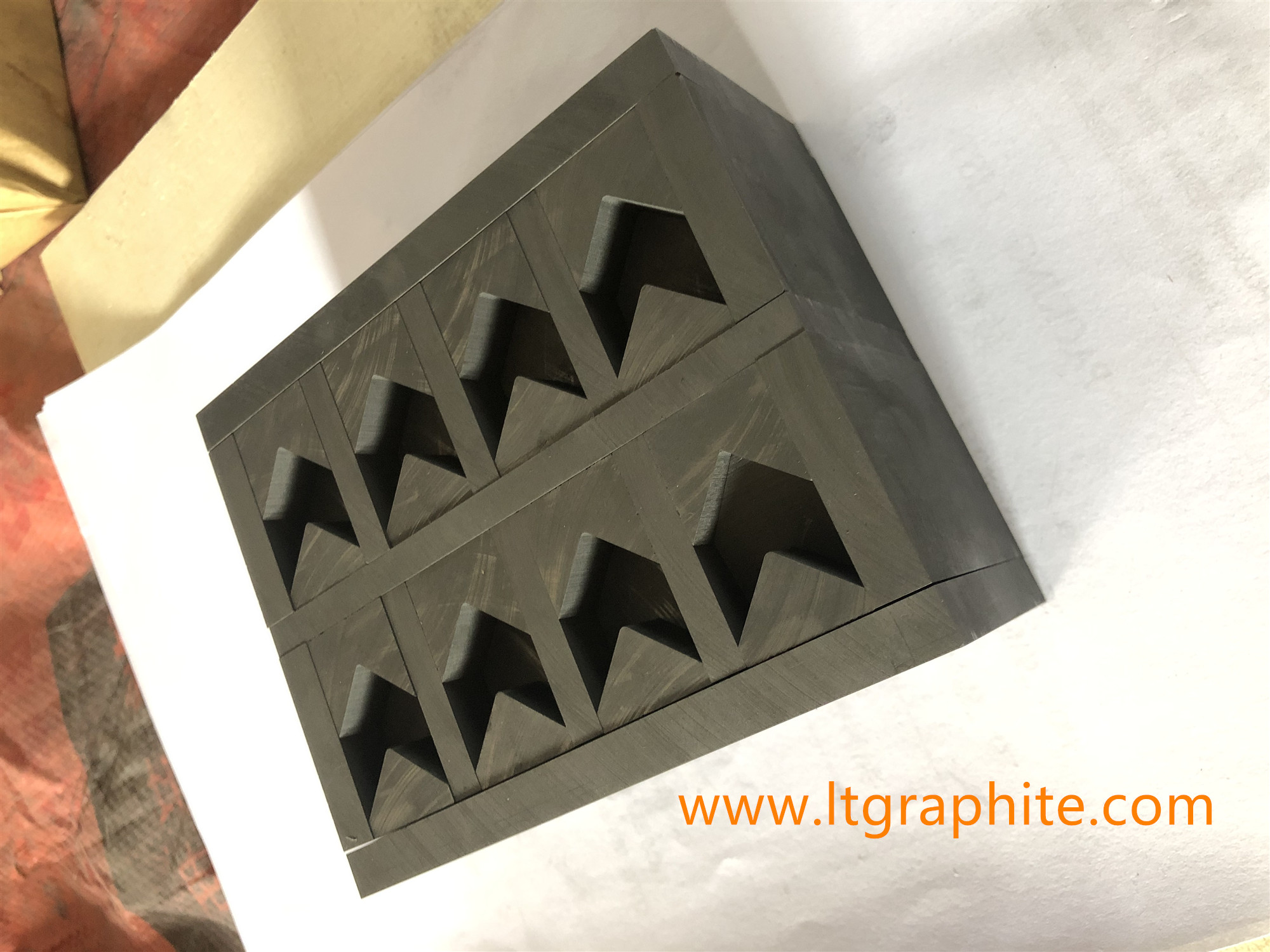 High Purity Fine-Grain Graphite Mold for Arrow Segments on Grinding Cup Wheels
