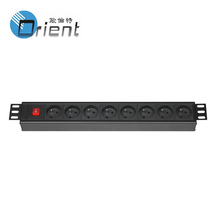 French Switch PDU 8 Outlet With Off-Live double control