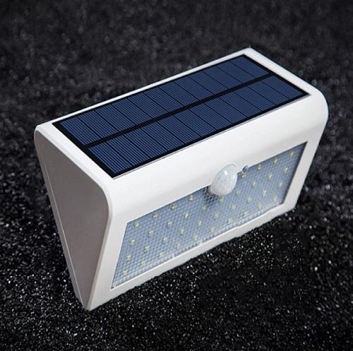 PIR Motion Sensor Light for Garden Decoration Lamp Security Spot Lights Luminaria
