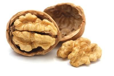 Walnuts cracker