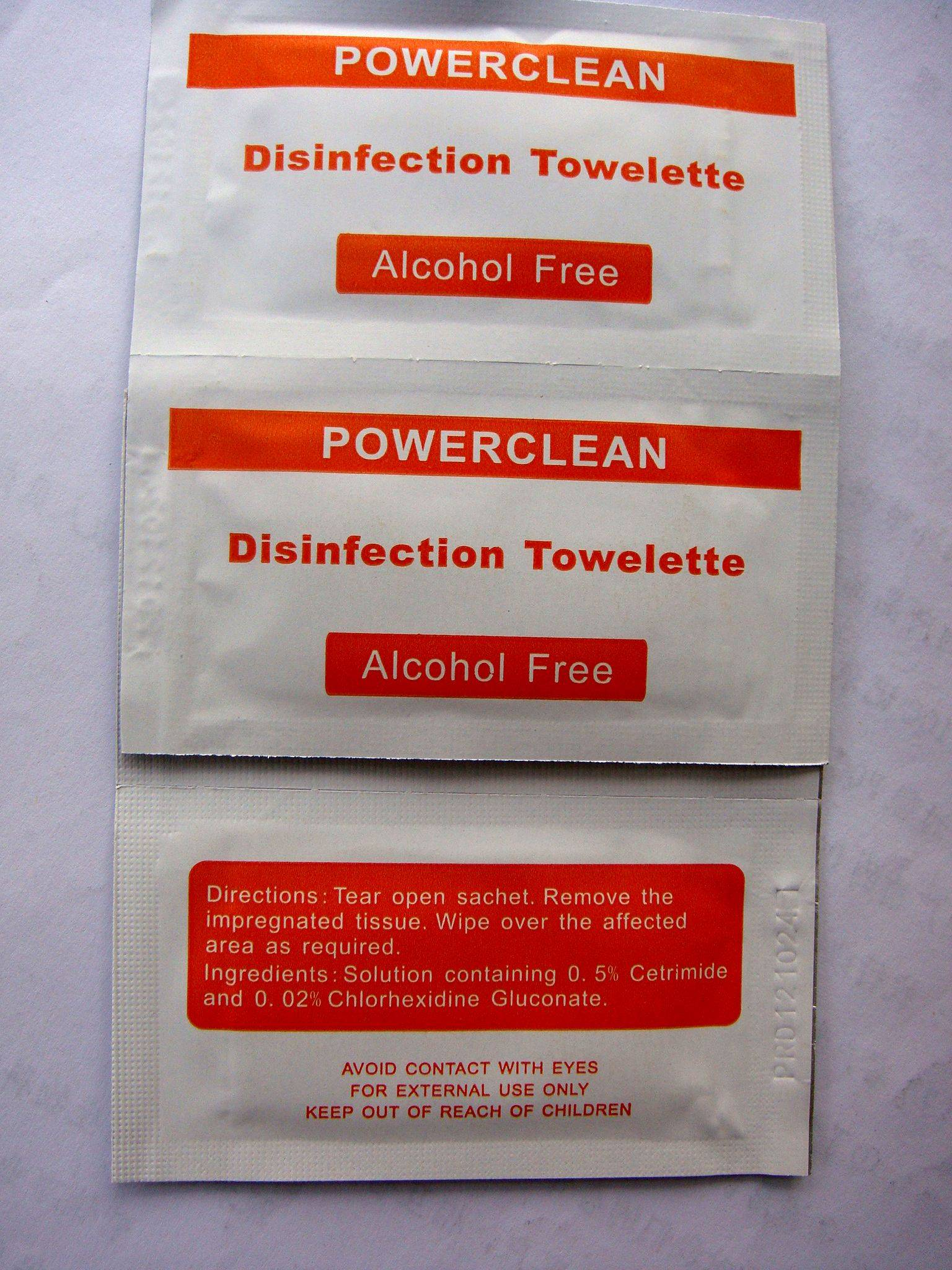 Easy To Use Wet Wipe Coming!Alcohol Free Moist Towelette