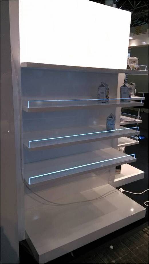 Shelves shining display for shoppe