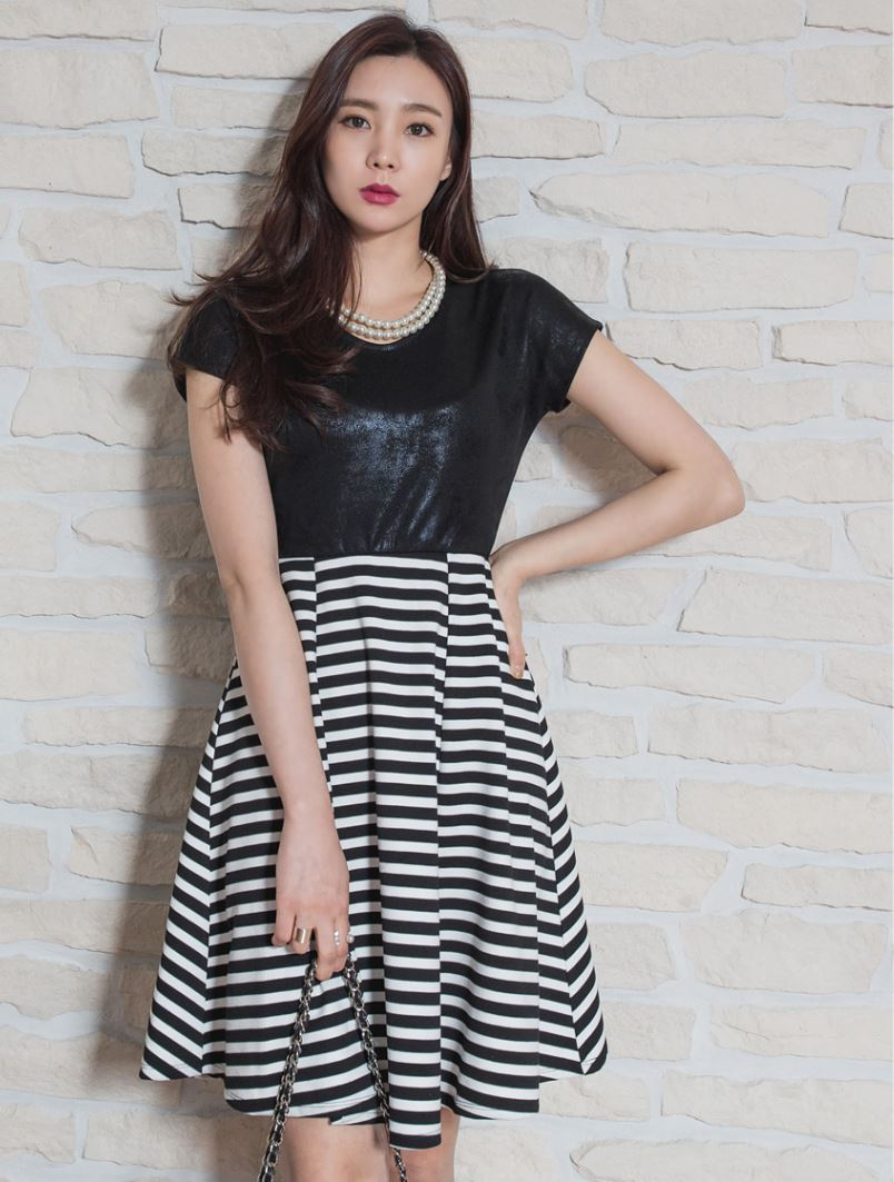 Korean Style Summer New Fashion Women's stylish short Sleeve dress for ladies