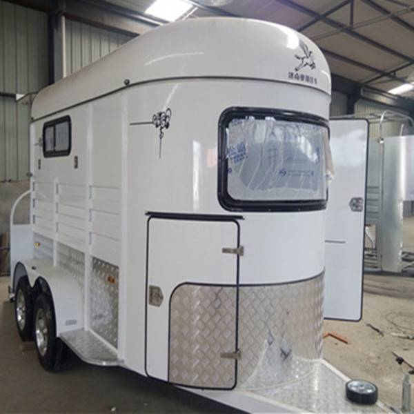 high quality large horse caravan trailer with kitchen