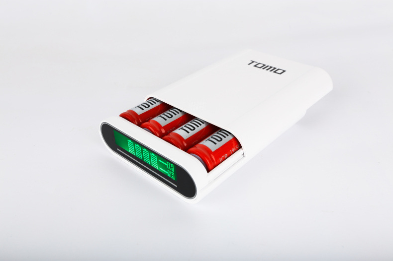 New design battery replaceable power bank plus 18650 Li-ion battery charger T4