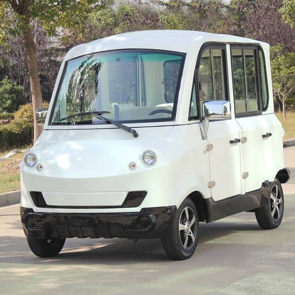mini size electric enclosed 4 seat sightseeing car