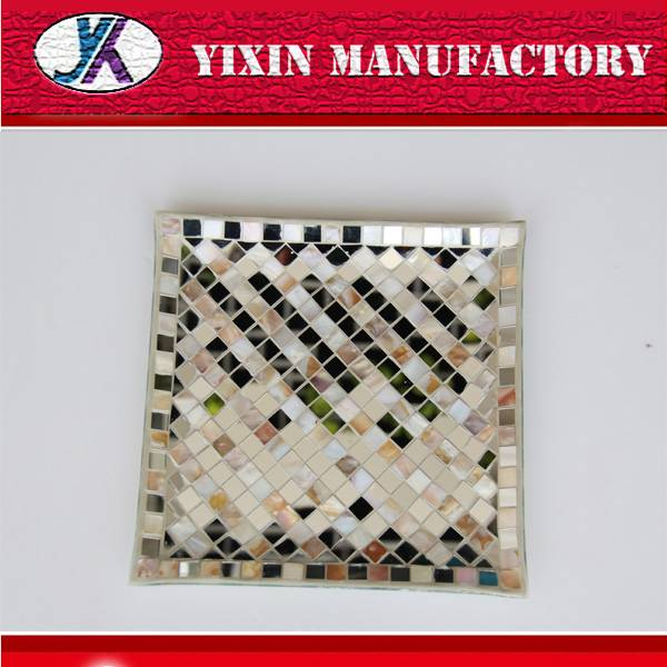 25cm diameter square mosaic glass plate