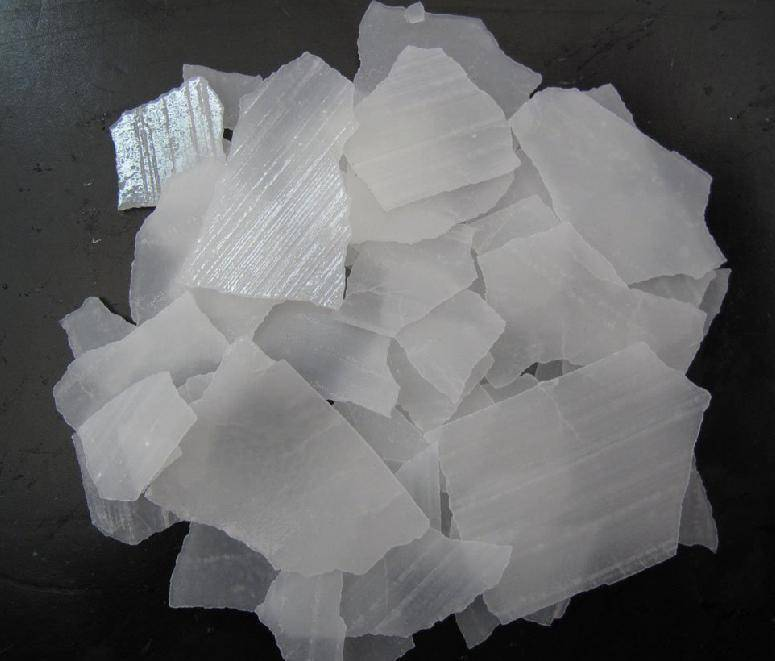 caustic soda / sodium hydroxide