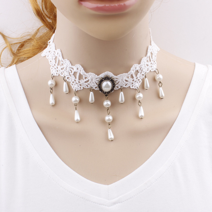 Handmade white lace necklace simple wild