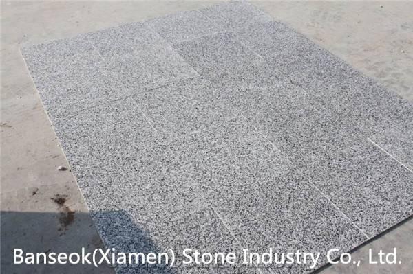 Cheap China Granite G640 Tiles and Slabs, White Black Flower Polished Granite