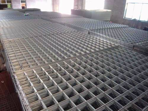 Welded Wire Mesh, Widely Used in Industries, Agriculture and Building