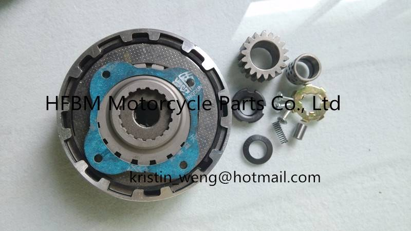 Honda Motorcycle Parts CD70 clutch box complete  JH70(18T)
