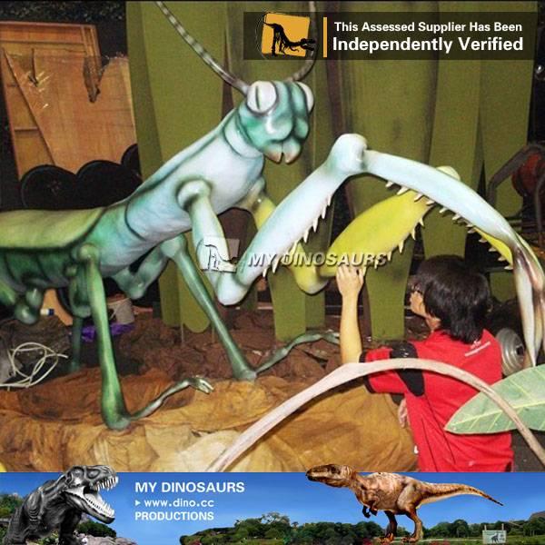 Animatronic giant insect