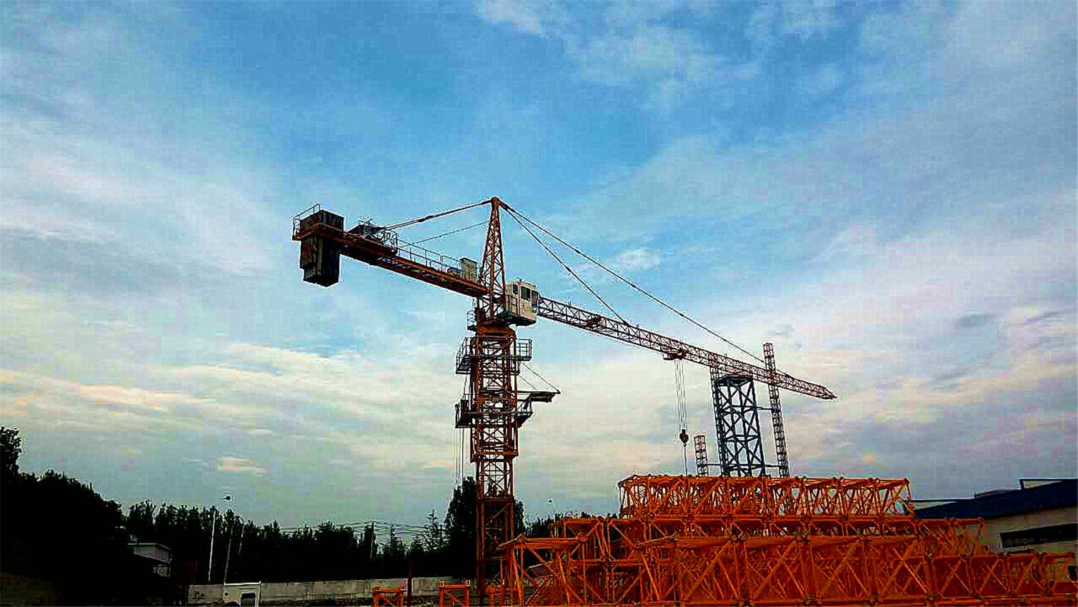 Dahan hammerhead tower cranes from China QTZ50(4810 4T)