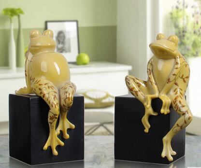 vivid handmade frog resin animal