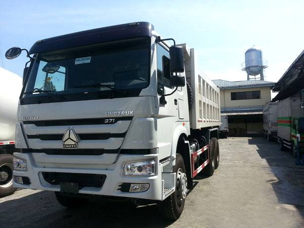 HOWO 6X4 Tipper Truck with Flat Cab 371 HP