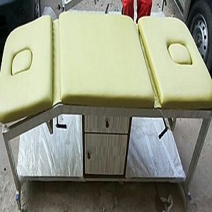 Treatment Couch Metallic Deluxe Model with Breathing Hole