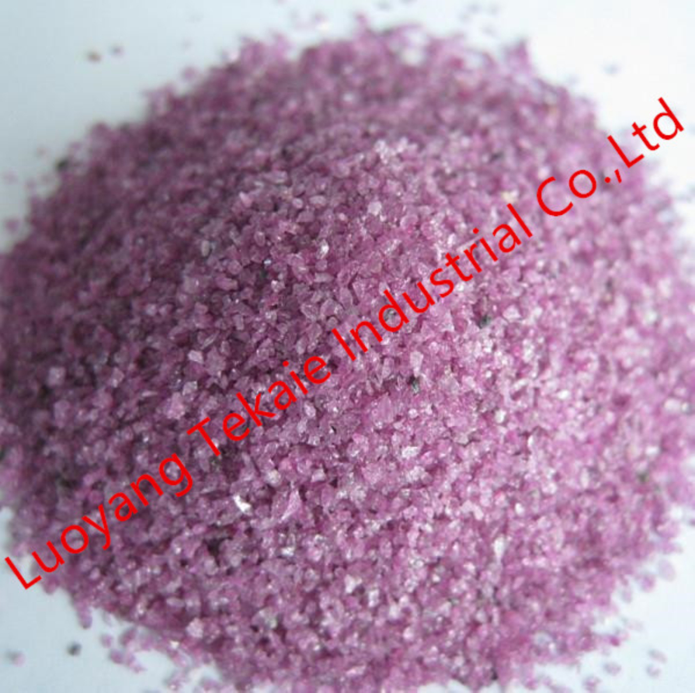Pink fused alumina for bonded abrasives