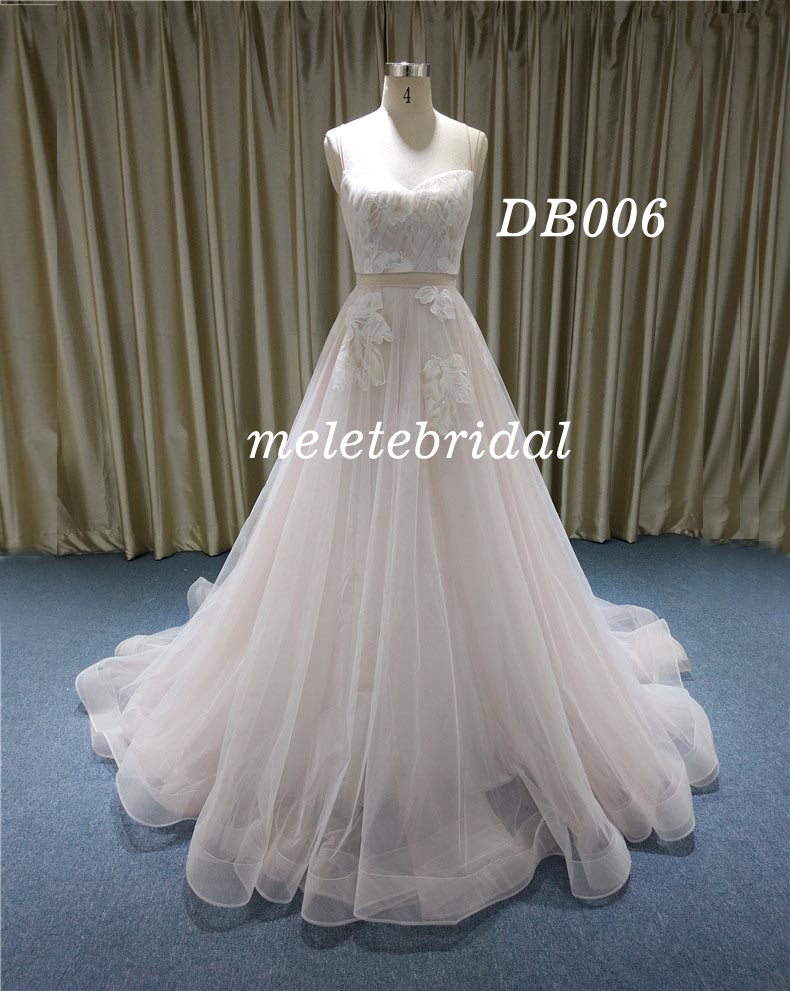 Backless Sweetheart Neckline Wedding Dress A Line with Samll Trail Bridal Gown