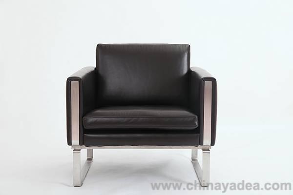 Hans Wegner CH101 chair PV104-1