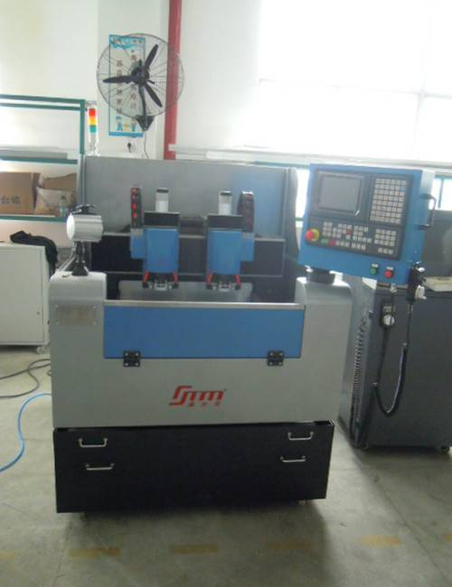 High precision CNC milling and engraving machine